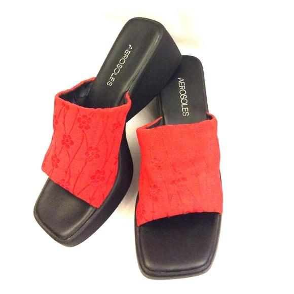 23d8ff26bc0 AEROSOLES Shoes - AEROSOLES Black Red Slip-On Wedge Open Toe Sandals