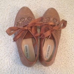 Steve Madden oxfords!