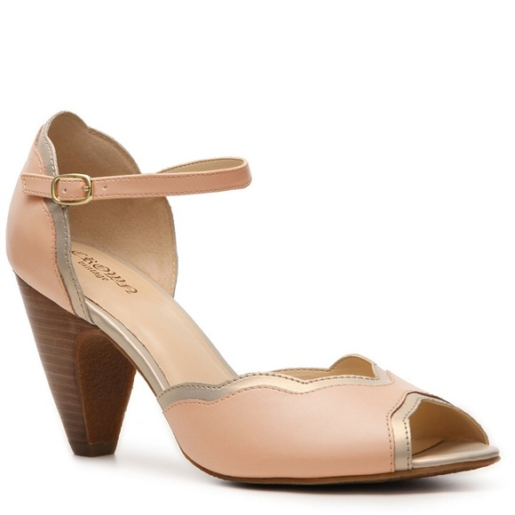 66% off Crown Vintage Shoes - Light Pink Retro Peep-toe Heels ...
