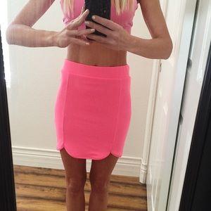 NWT Neon Pink Mini Skirt Sz S