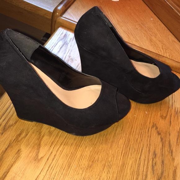 dc7f5edc60f Candie s 7.5 black suede peep toe platform wedge