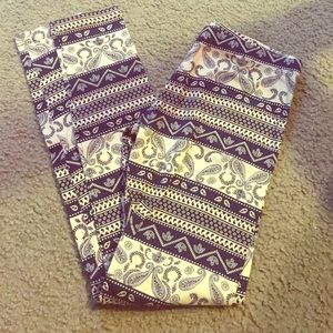 Navy blue and white print legging