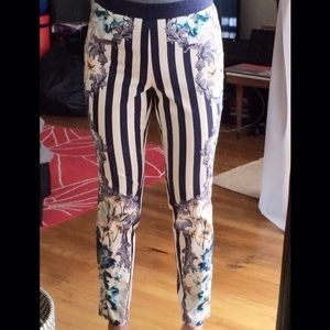 Love Culture Pants - Beautiful printed pants
