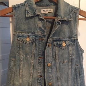 Madewell Denim Vest in Clear Blue size Small