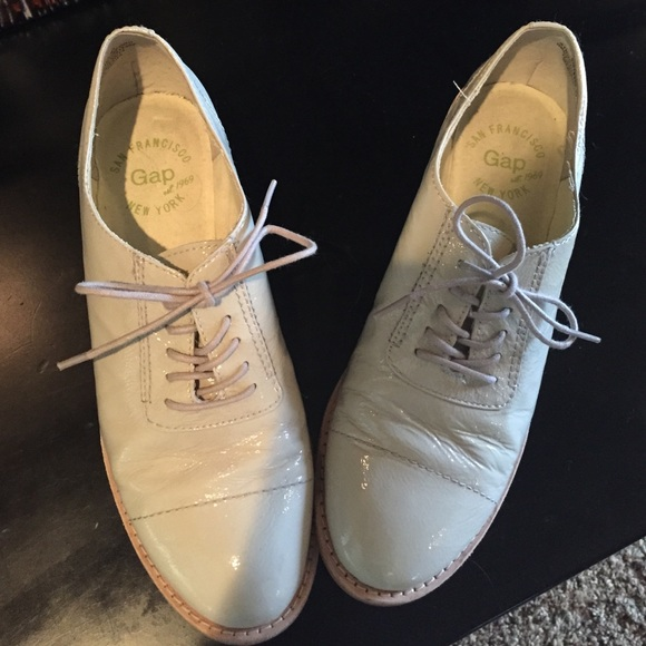 83 gap shoes gap shoes from amanda s closet on poshmark