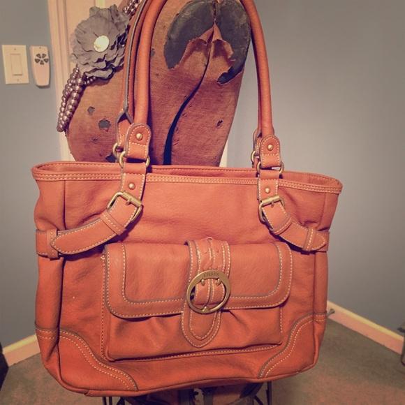 Chaps Handbags - Chaps Ralph Lauren brown purse. fc63c3e466ed6