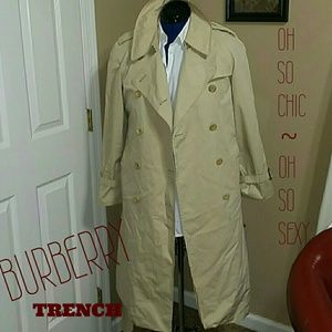Burberry trench!!!