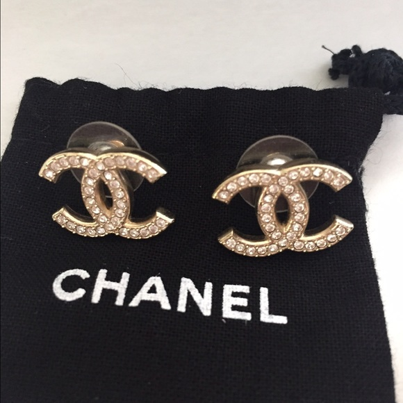 Chanel Classic Stud Earrings Classic Chanel cc Earring