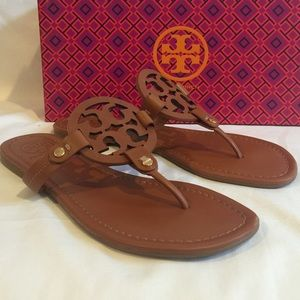 NIB Tory Burch Miller Leather Logo Thong Sandals 8