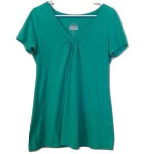 Old Navy Tops - ❤️B1G1❤️50% SALE❤️ Maternity tee