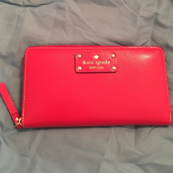 kate spade Clutches & Wallets - Kate Spade Red Zippy Wallet ❤️