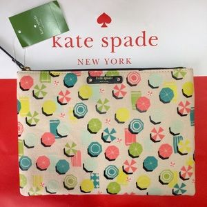 NWT KATE SPADE Gia sand hill circles beach clutch