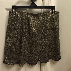 Dresses & Skirts - Scallop sequin skirt