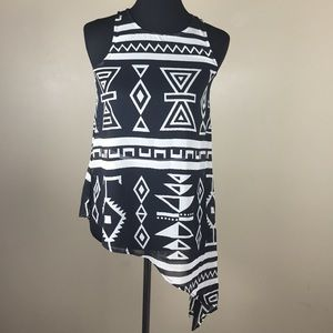 Tops - ⚡️FLASH SALE⚡️Black and White sheer Aztec tank