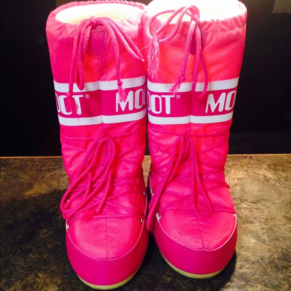 63 moon boot boots pink moon boots snow boots from