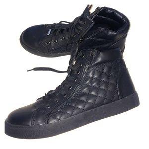Steve Madden Caffine Sneaker