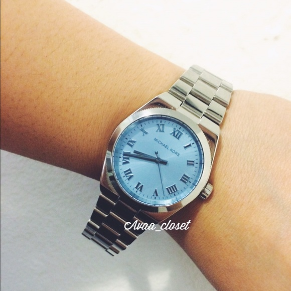 a9c9a52b861d Michael Kors Watch Silver Channing Blue Dial