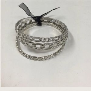 Jewelry - 🆕LISTING 3 Silver Link Bangles