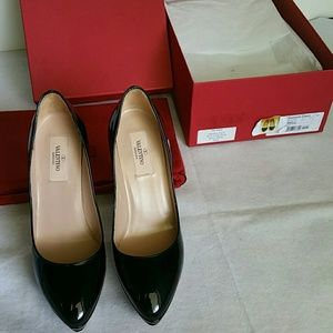 Valentino Shoes - $1K VALENTINO Garavani Black Patent Leather Pumps