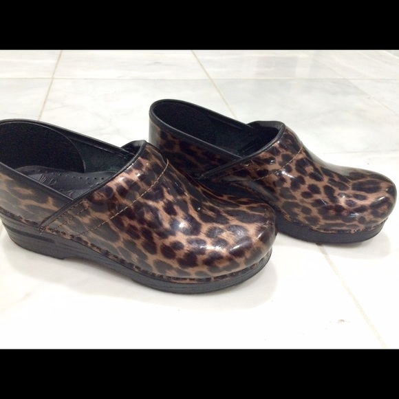 Dansko Shoes | Dansko Leopard Print
