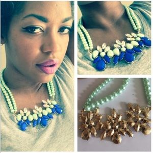 Gorgeous Mint Green Statement Necklace