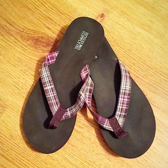 Mossimo Supply Co Shoes  Pink And Brown Flip Flops -5285