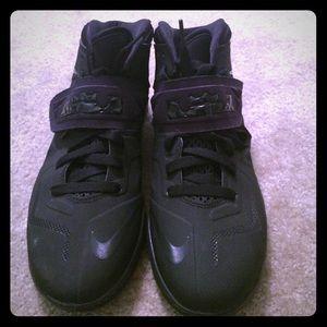 lebron james shoe size - photo #47