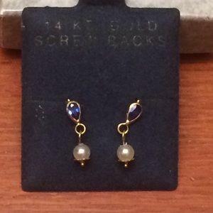 Jewelry - 14k gold syn sapphire with natural pearl earring