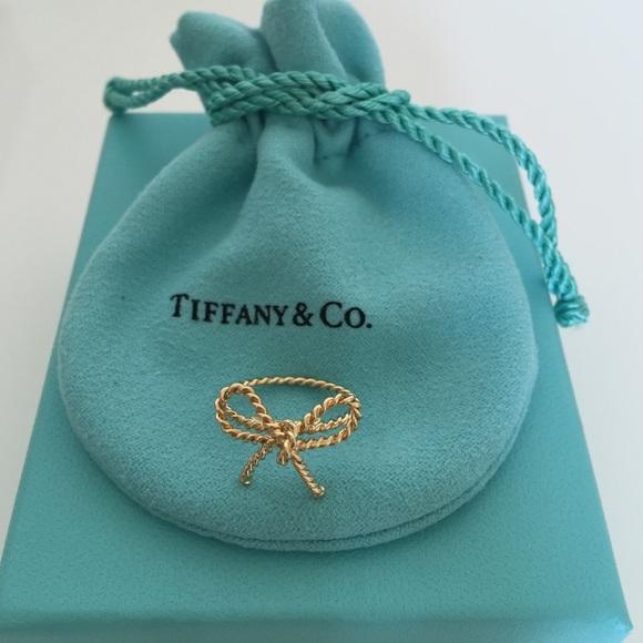4f91c328327f5 Tiffany & Co. Twisted Bow Ring NWT