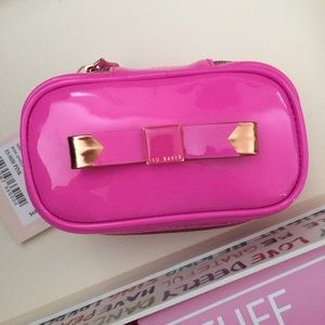 Ted Baker Accessories - 🎀Ted Baker Bow Jewelry Case🎀