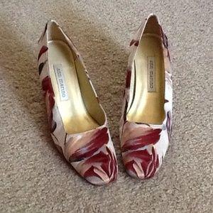 Ann Marino Shoes - Ann Marino Pump Shoes