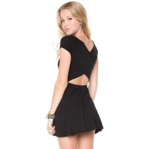 Black Brandy Melville Bethan Dress GREAT CONDITION