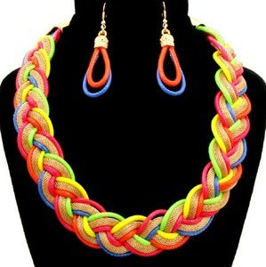 ☆HP☆ 📚Multi-Color Twisted Chain Necklace Set