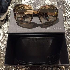 DSQUARED2 chic sunglasses