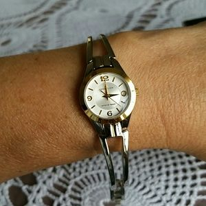 SILVER ANN KLEIN Watch, so beautiful