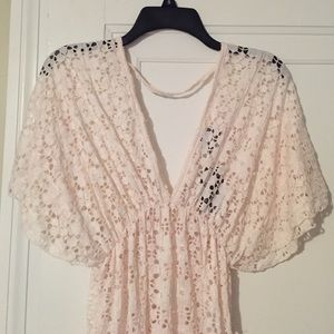 Elif Swim - Boho Cut Out Cover Up in Cream Size Small