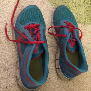 Nike sneakers blue and red