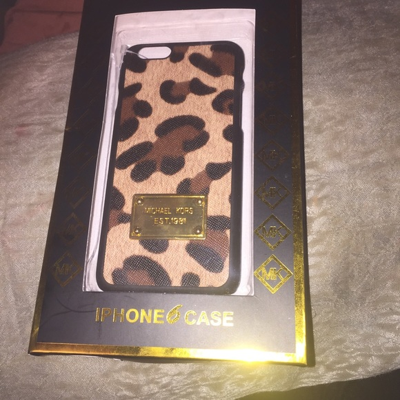 Michael kors accessories michael kors iphone 6 case 2 for Housse iphone 6 michael kors
