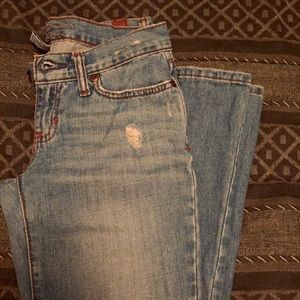 "A&F ""Emma"" Destroyed Denim 00 Short"
