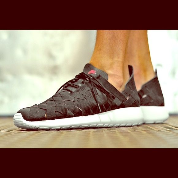 super popular 3af44 d05fd Nike Roshe run WVN size 12.5 | fit size 13