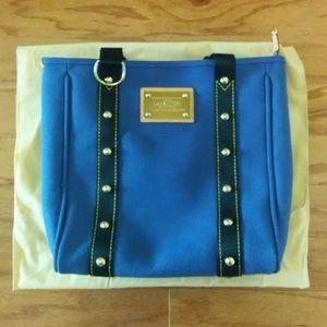 Louis Vuitton Cabas Antigua MM Tote in Blue.
