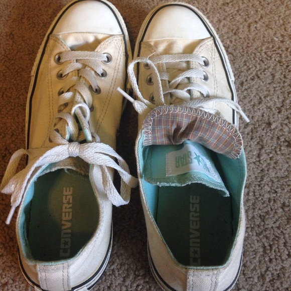 how to get stains off white converse