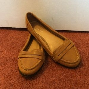Also Loafers