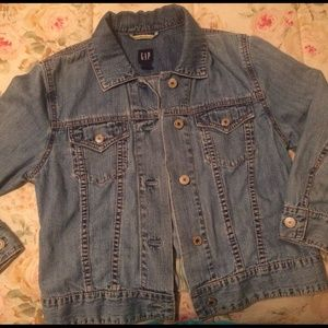 Gap 3/4 sleeve jean jacket