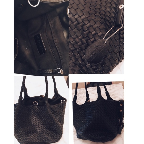 Bags - Black leather weaved handbag