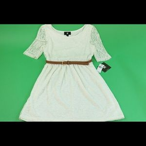 Iz Byer Dresses & Skirts - White lace dress with brown belt