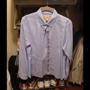 Banana Republic Tops - 🚚LAST CHANCE MAKE AN OFFER🚚BR Blue Oxford Shirt