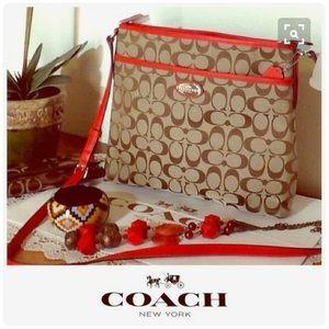 HP ! Coach Crossbody Messenger Bag