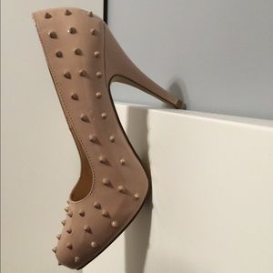 Shoe Dazzle Shoes - Nude spikey heels