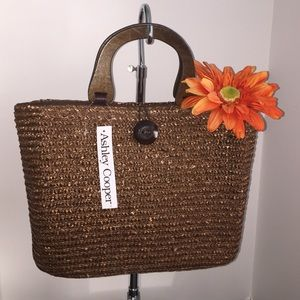 ASHLEY COOPER Handbags - 🌻BEAUTIFUL STRAW HANDBAG🌴